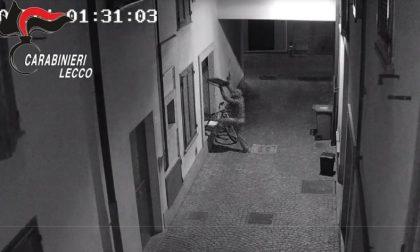 Raffica di furti nei negozi: 40enne in manette