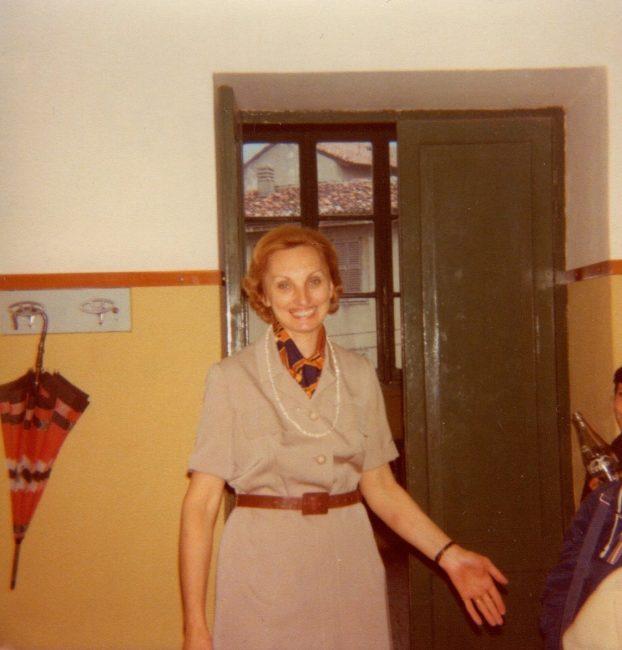 La maestra Mirella Villa Lenoci