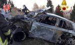 Paura al Rally di Como: auto esce di strada e prende fuoco FOTO