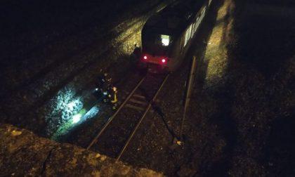 Tragedia, giovane travolta dal treno muore a 30 anni FOTO