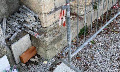 """Cimitero di Rancio, ossari """"a pezzi"""" da otto mesi"""