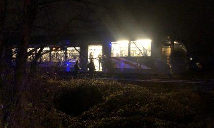 Trentaduenne ucciso dal treno sulla linea Monza-Molteno-Lecco