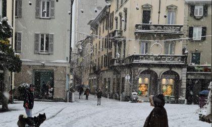 Neve a Lecco: pulizia strade e chiusura aree pubbliche