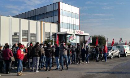 Voss: raccolte 15.000 firme di solidarietà per dire no ai 70 licenziamenti