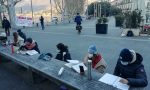 La DAD è scesa in piazza: lezione in classe ai piedi di Cermenati