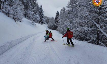 Scialpinista si ferisce al Pian delle Betulle: recuperato dal Soccorso Alpino