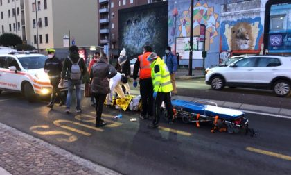 Anziana investita mentre attraversa la strada davanti all'ospedale