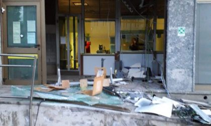 Assalto alle Poste, ufficio devastato con una ruspa