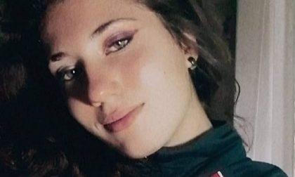 Dolore infinito: frequentava il Medardo Rosso la studentessa diciassettenne travolta e uccisa dal treno