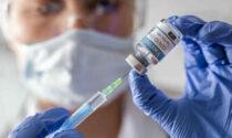 Vaccinazioni Covid: da lunedì 28 giugno si accorciano i tempi per i richiami di Pfizer e Moderna