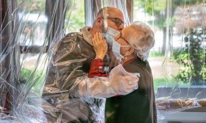 Lo Spi Cgil dona una stanza degli abbracci alla casa di riposo Villa Serena
