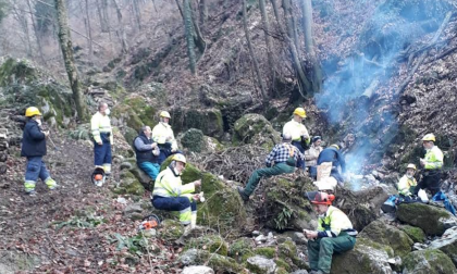 Erve, i volontari della Protezione Civile hanno ripulito la valle del Fracetto