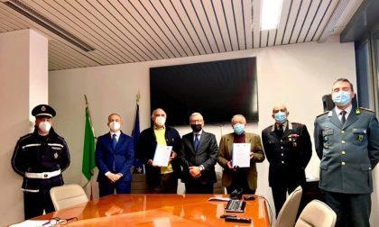 Controllo di vicinato: prefetto e sindaci di Barzanò e Missaglia firmano il protocollo