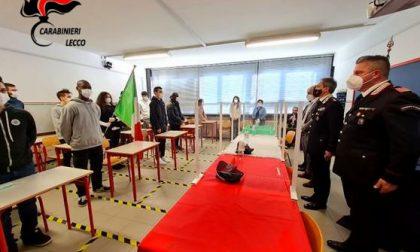 A lezione di... legalità: i Carabinieri di Lecco incontrano gli studenti