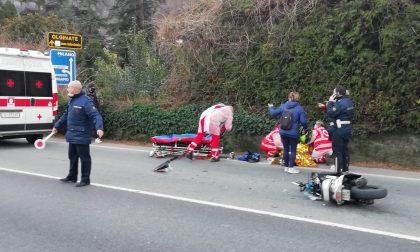 Si schianta con il motorino contro un furgone: ferito un ragazzino di 17 anni