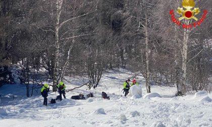 Distacco di neve, ancora rischio valanga in Grignetta: intervento dei Vigili del Fuoco