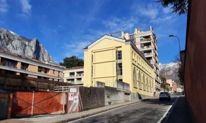 """L'edificio neogotico """"Officina Badoni"""" aggiudicato per 250mila euro alla Fondazione Comunitaria del Lecchese"""