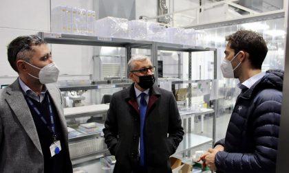 Il Prefetto di Lecco in visita alla Technoprobe che ha messo a disposizione a proprie spese un padiglione per le vaccinazioni Covid