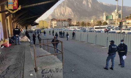 Nuovo intervento delle forze dell'ordine per sgomberare l'area della Piccola