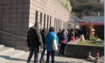 Corsa (a ostacoli) al vaccino: insegnanti in fila al Manzoni
