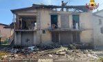 Esplode casa nella Bergamasca, le foto e il video delle squadre dei Vigili del Fuoco