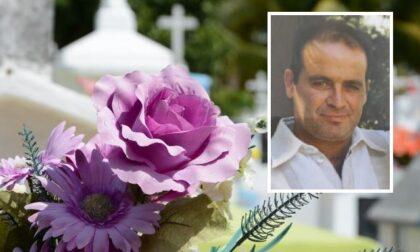 L'addio a Elio Carmine Bernardo, trovato senza vita dal fratello