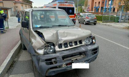 Si schianta contro un camion: 74enne in gravi condizioni