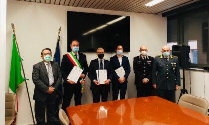 Controllo di vicinato: anche Valgreghentino e Calco firmano il protocollo