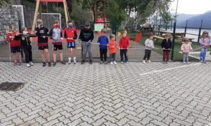 Si torna alla vita: inaugurato il nuovo parco giochi della frazione Pino