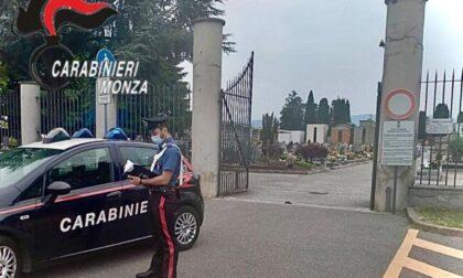 Incredibile in Brianza: lite amorosa tra anziani, minaccia con una pistola il rivale al cimitero