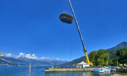 'Dinner in the sky' torna sul Lago : dal 18 al 27 giugno si banchetta a 50 metri di altezza