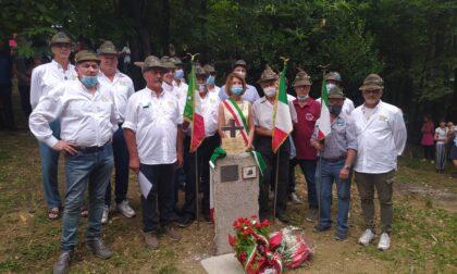 """Un """"sasso"""" per ricordare gli alpini che hanno salvato la chiesa di Santa Margherita"""