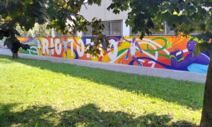 Il centro sportivo si anima e si colora con i nuovi murales