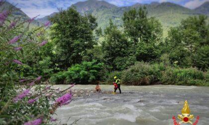 Ragazzino in balia del torrente Pioverna in piena salvato dai Vigili del Fuoco