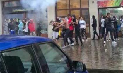 Raffica di episodi di violenza: estate di sangue, disordini e alcol (nonostante l'ordinanza) a Lecco