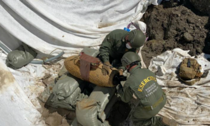 Bomba inesplosa: ordine di evacuazione per farla brillare