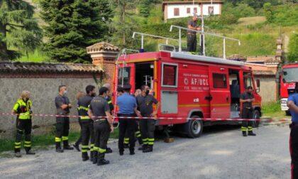 Trovata senza vita tra le rocce lungo l'Adda la donna scomparsa giovedì