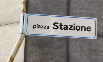 """Lecco: la Lega lombarda """"sfrattata"""" da piazza Stazione"""