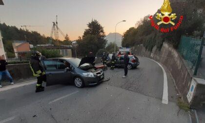 Incidente a Lecco feriti i due giovani conducenti