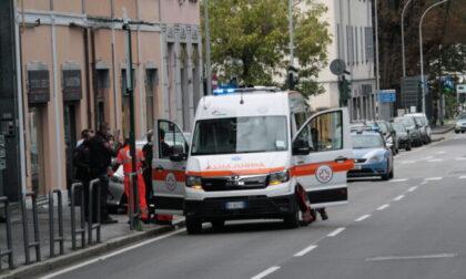 Aggredisce le guardie giurate di Linee Lecco: individuato e denunciato un 30enne